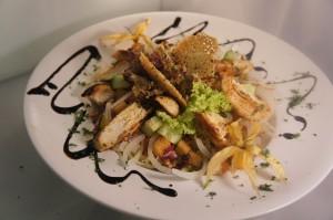 "~~~bunter Salat ""Kentucky"" mit Hähnchenbrust und Senf-Vinaigrette~~~"